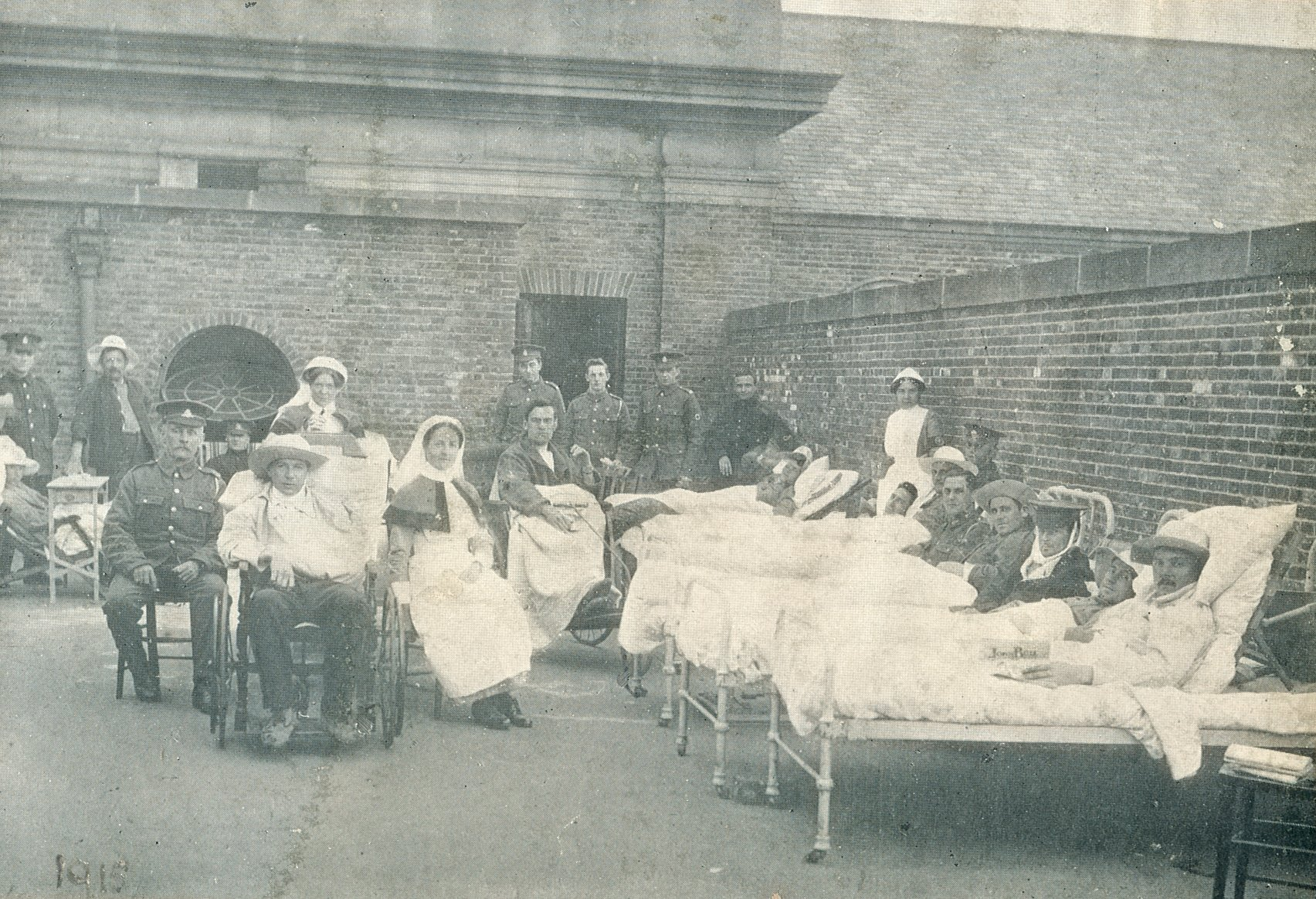 Patients on the roof of the James Graham building