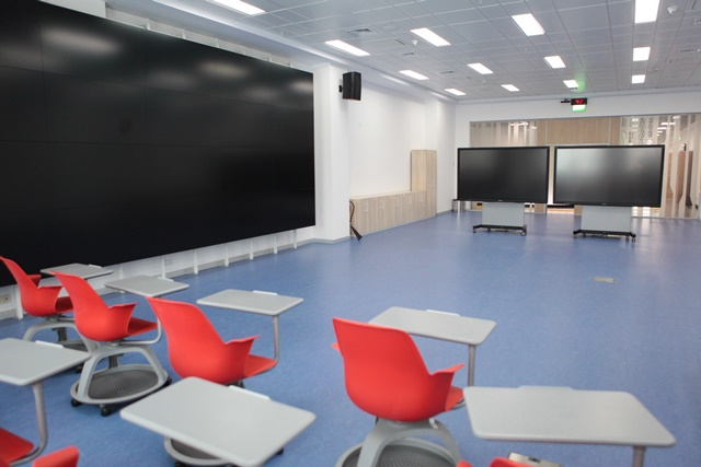 panel display and touch interactive screens in visualization room