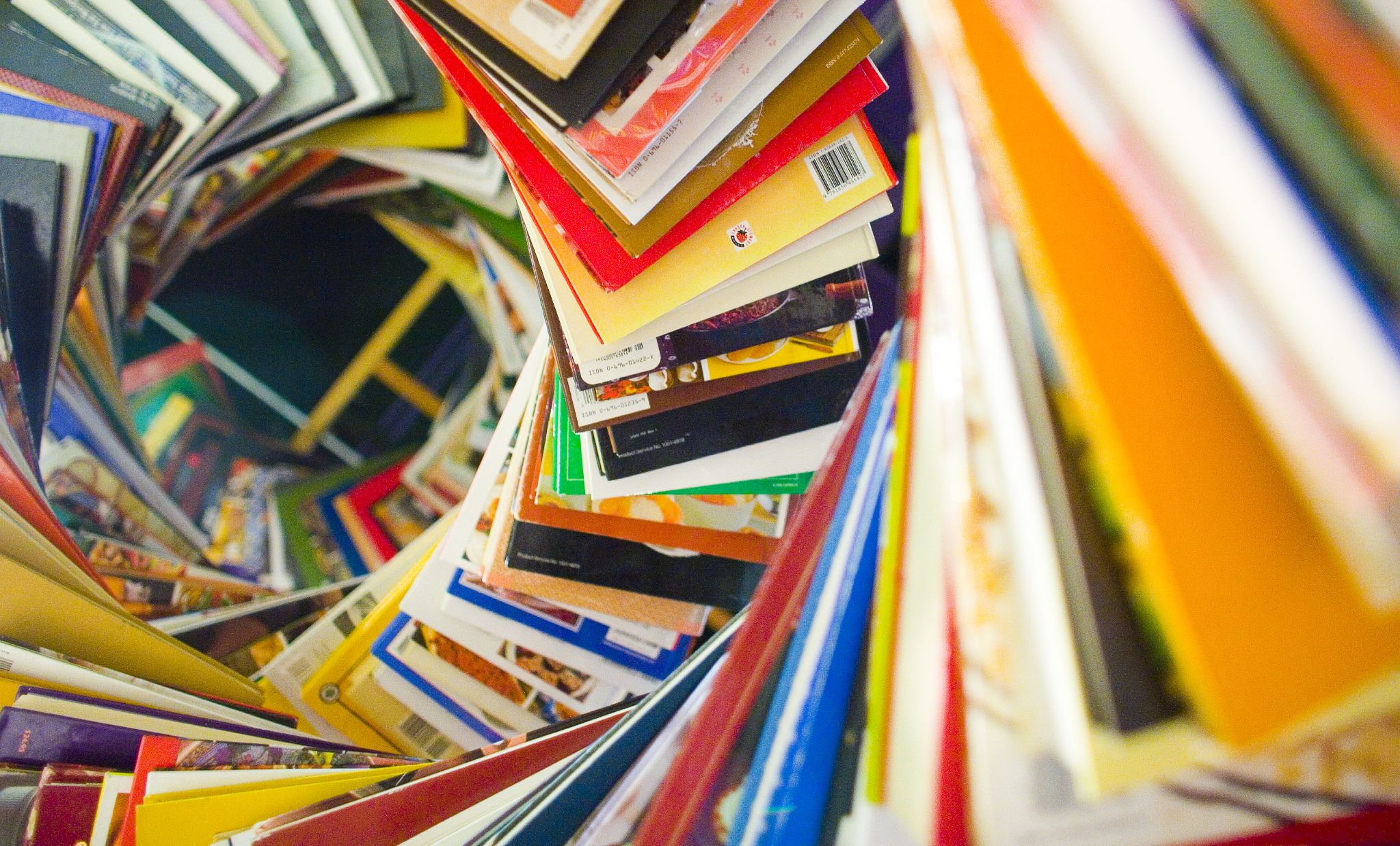 Spiral of books by Thomas Hawk CC BY NC
