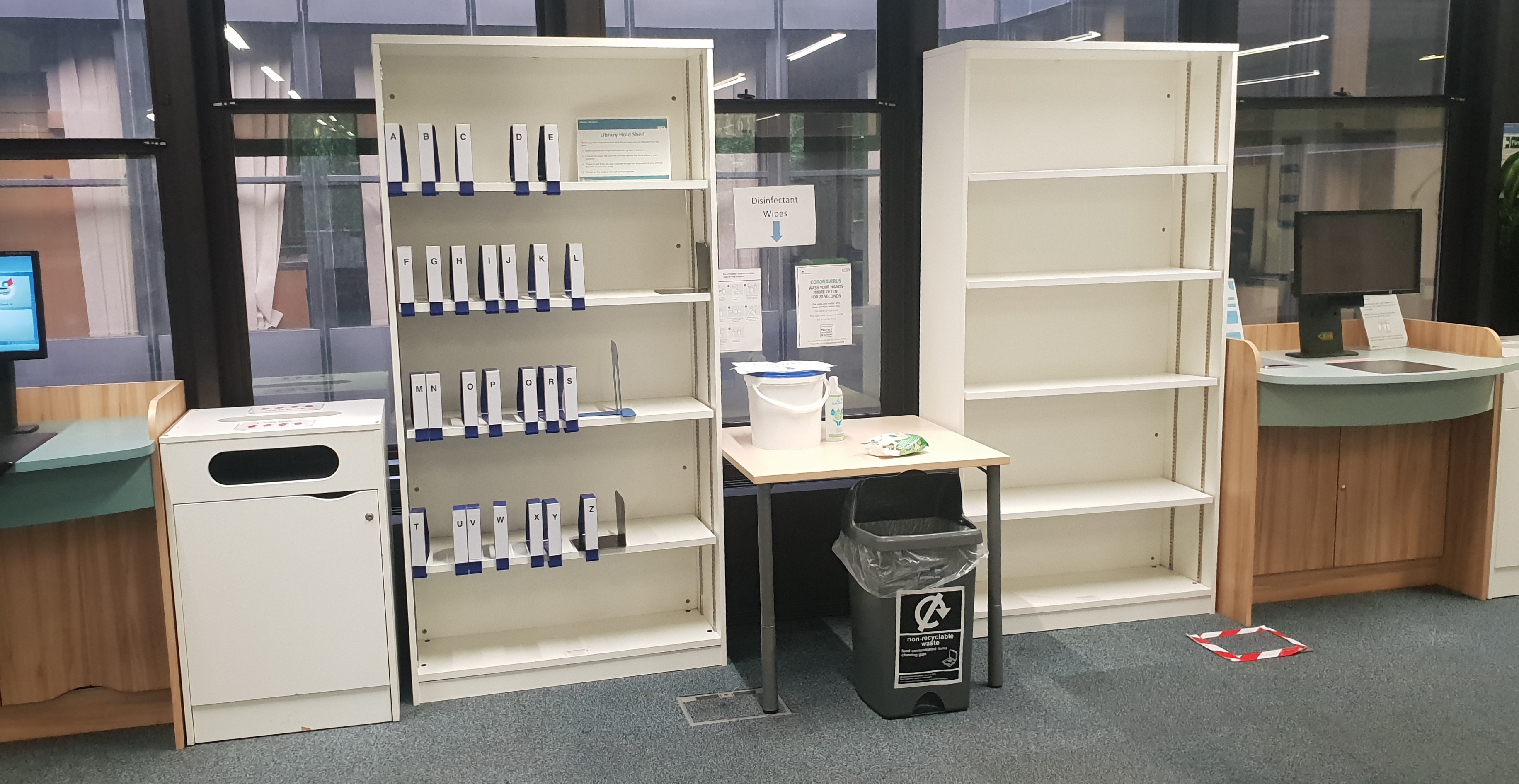 Reservation shelves for Click and Collect.