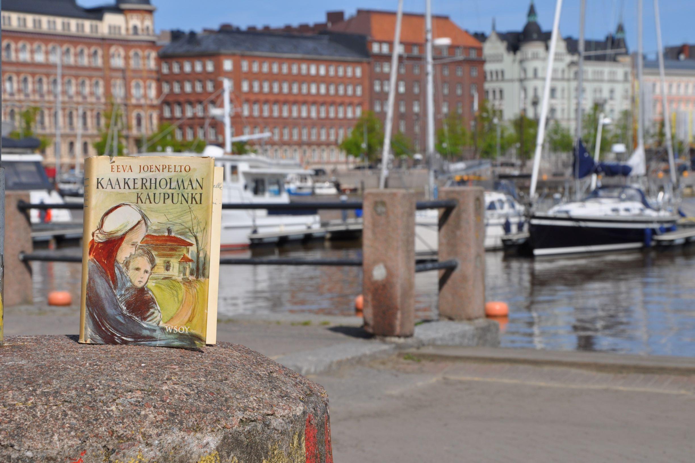 Kaakerholman kaupunki -romaani