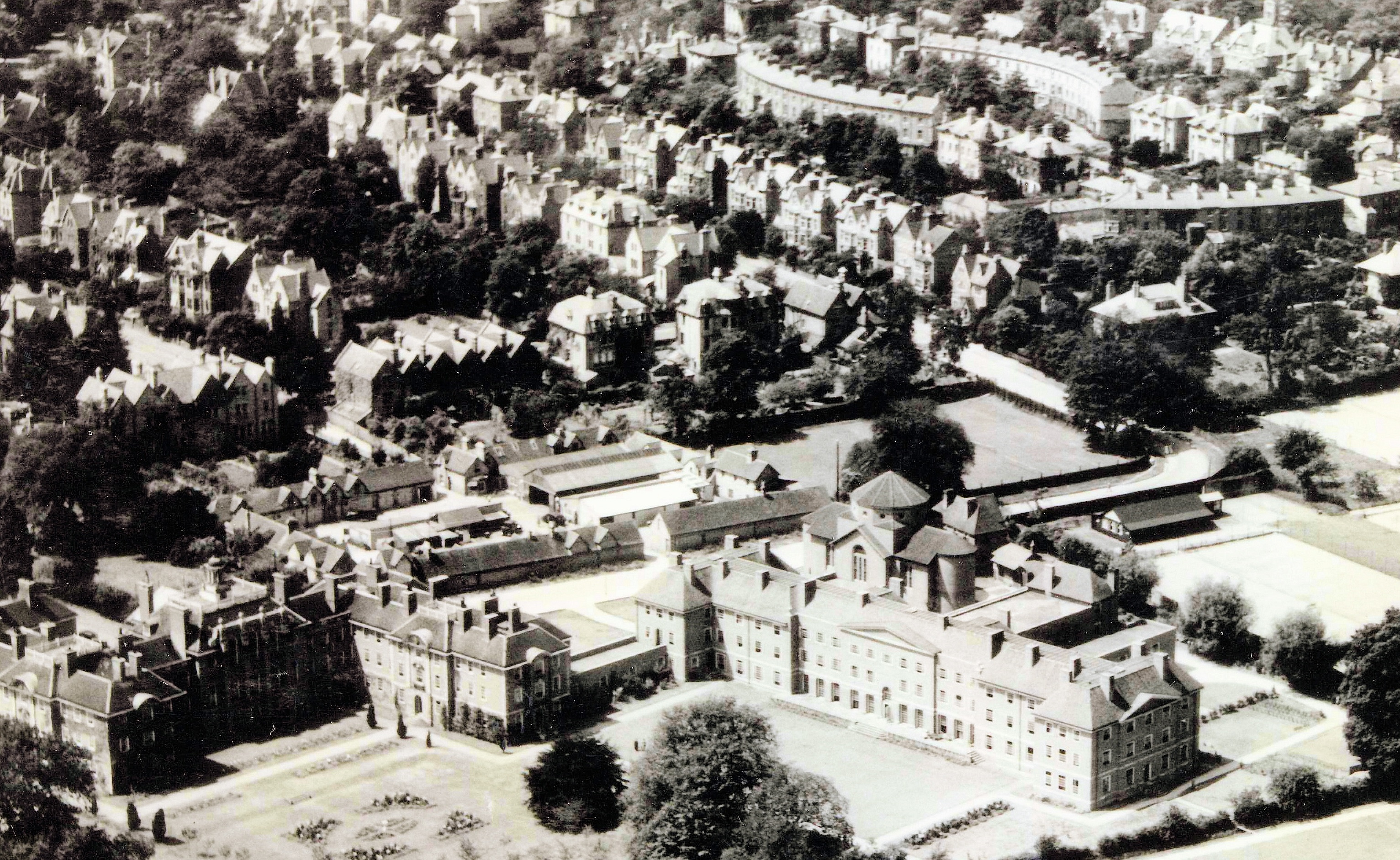 Aerial monochrome photograph of LMH.