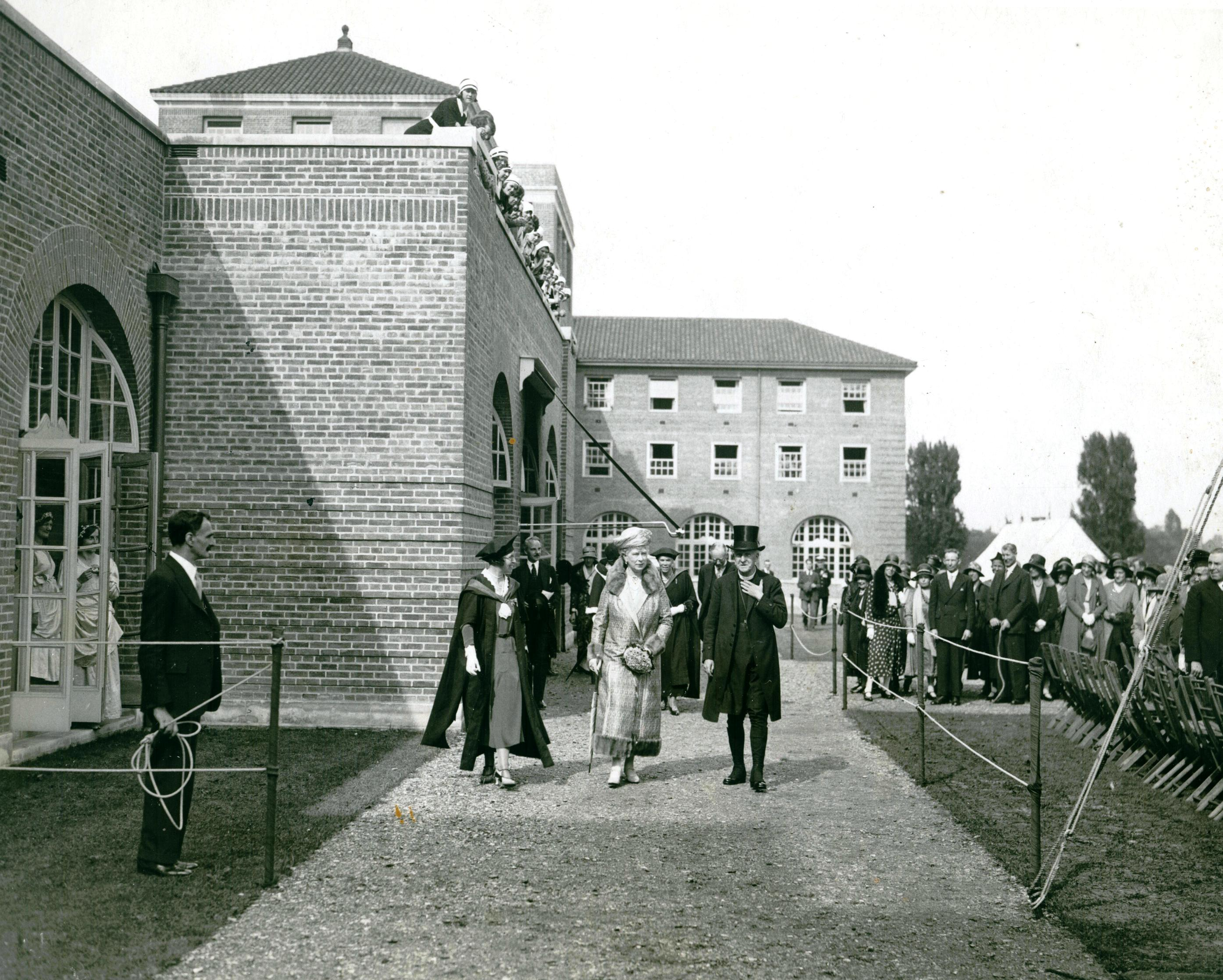 Opening of Putney campus by Queen Mary, 1931