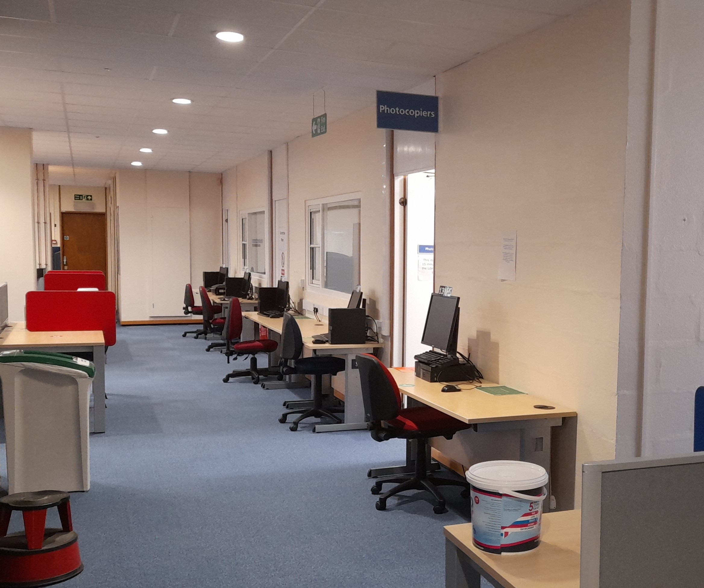 PCs in the library which can be booked.