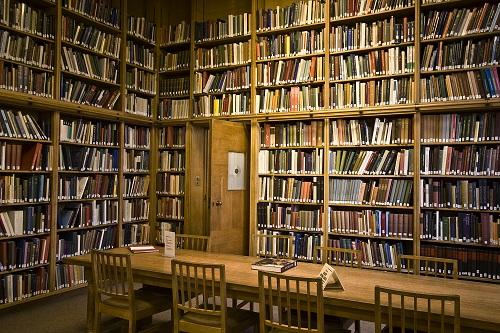 Photograph of Barber Fine Art Library Interior