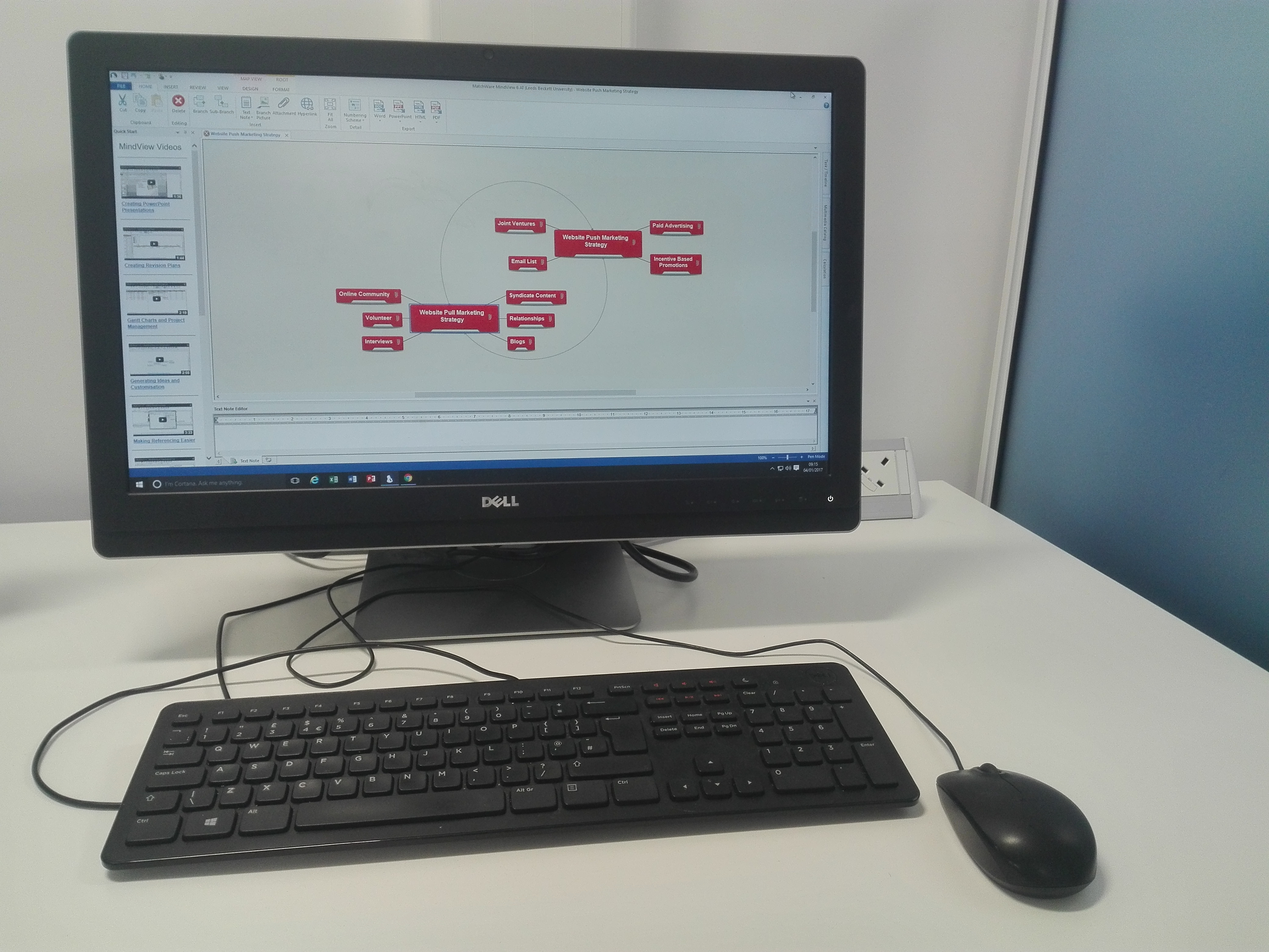 The PCs in the Disability Resource Areas have a range of assistive software installed, including software for mindmapping.