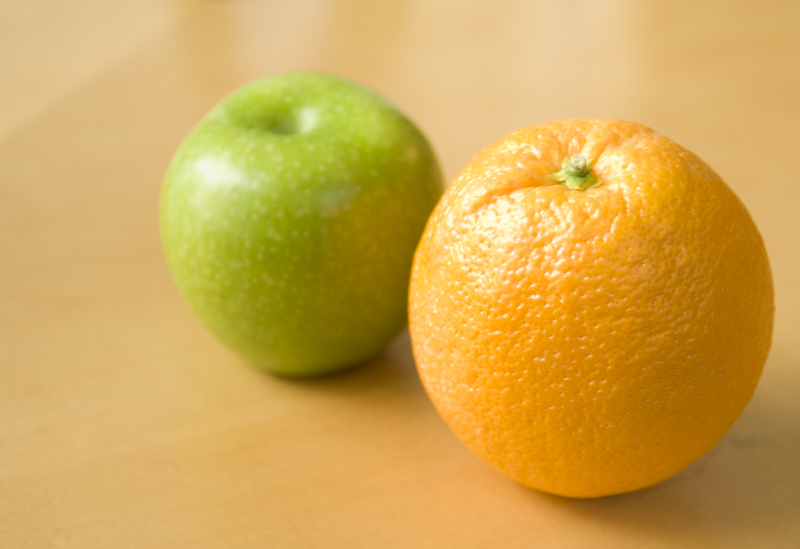 photo of an apple and an orange