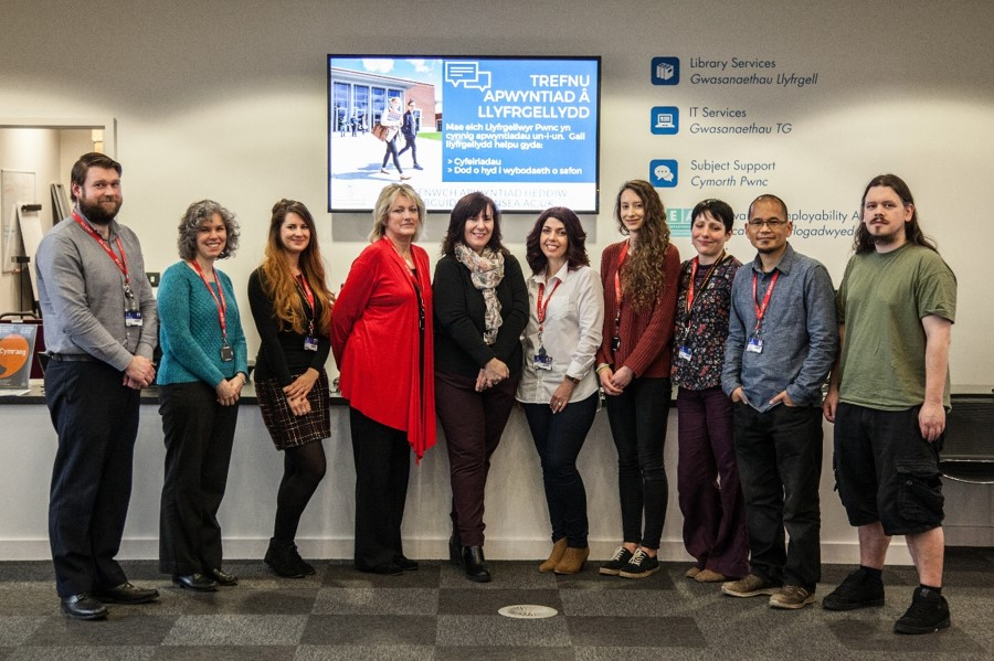 Photo of the customer service team in Bay Library